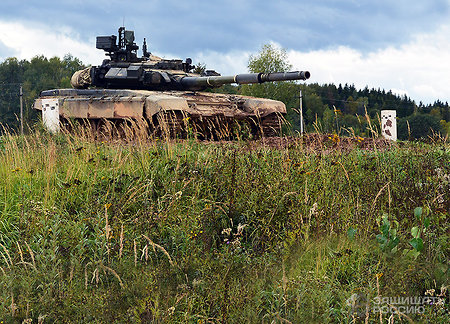 T-90 tank might become robot-based