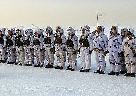 Russian airborne to set video communication from an ice-block in the Arctic