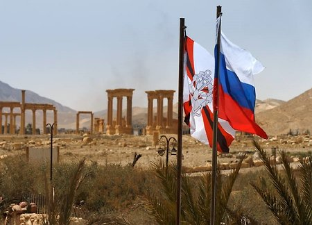Russian sappers come home from Palmyra