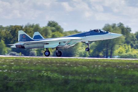 6th T-50 fighter jet conducts flight in Zhukovski